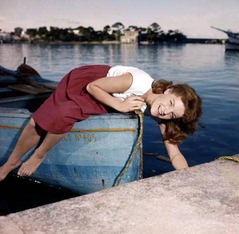 L'attrice Romy Schneider a Ischia per il film Scampolo