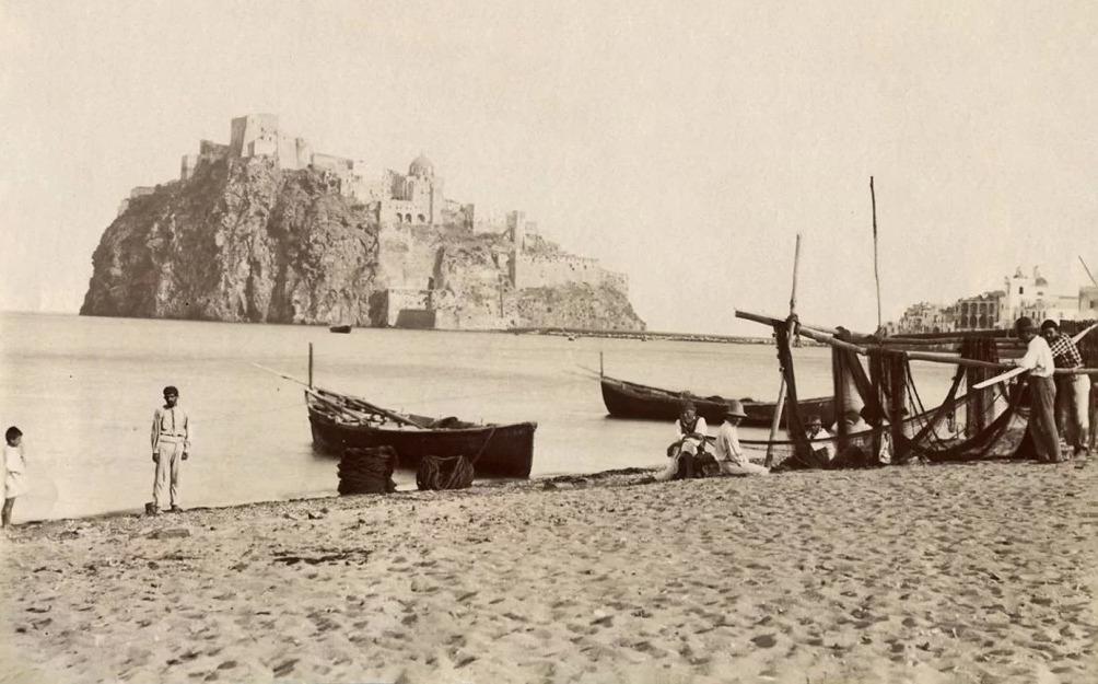 Ischia - Il Castello Aragonese nel 1875