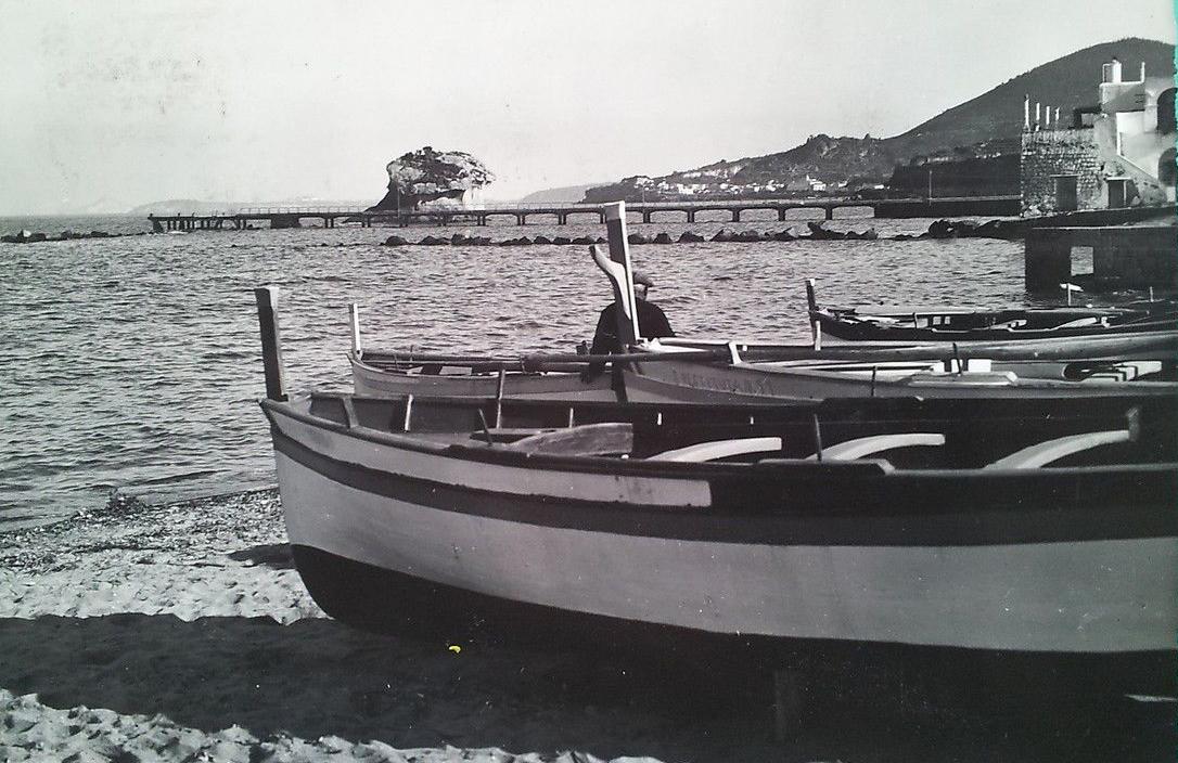 Foto Fungo Ischia Pescatori barche Fungo